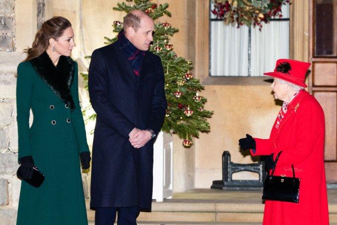 Kate, William e Elizabeth II esperam para agradecer aos voluntários locais e aos principais trabalhadores pelo trabalho que estão realizando durante a pandemia de coronavírus
