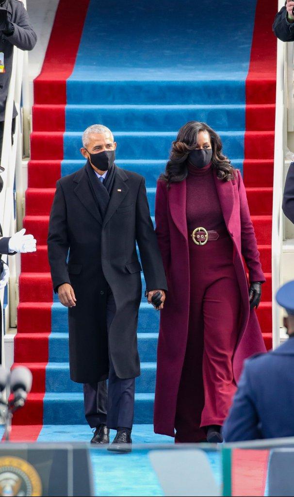 Michele e Barack Obama comparecem à cerimônia de posse de Joe Biden e Kamala Harris
