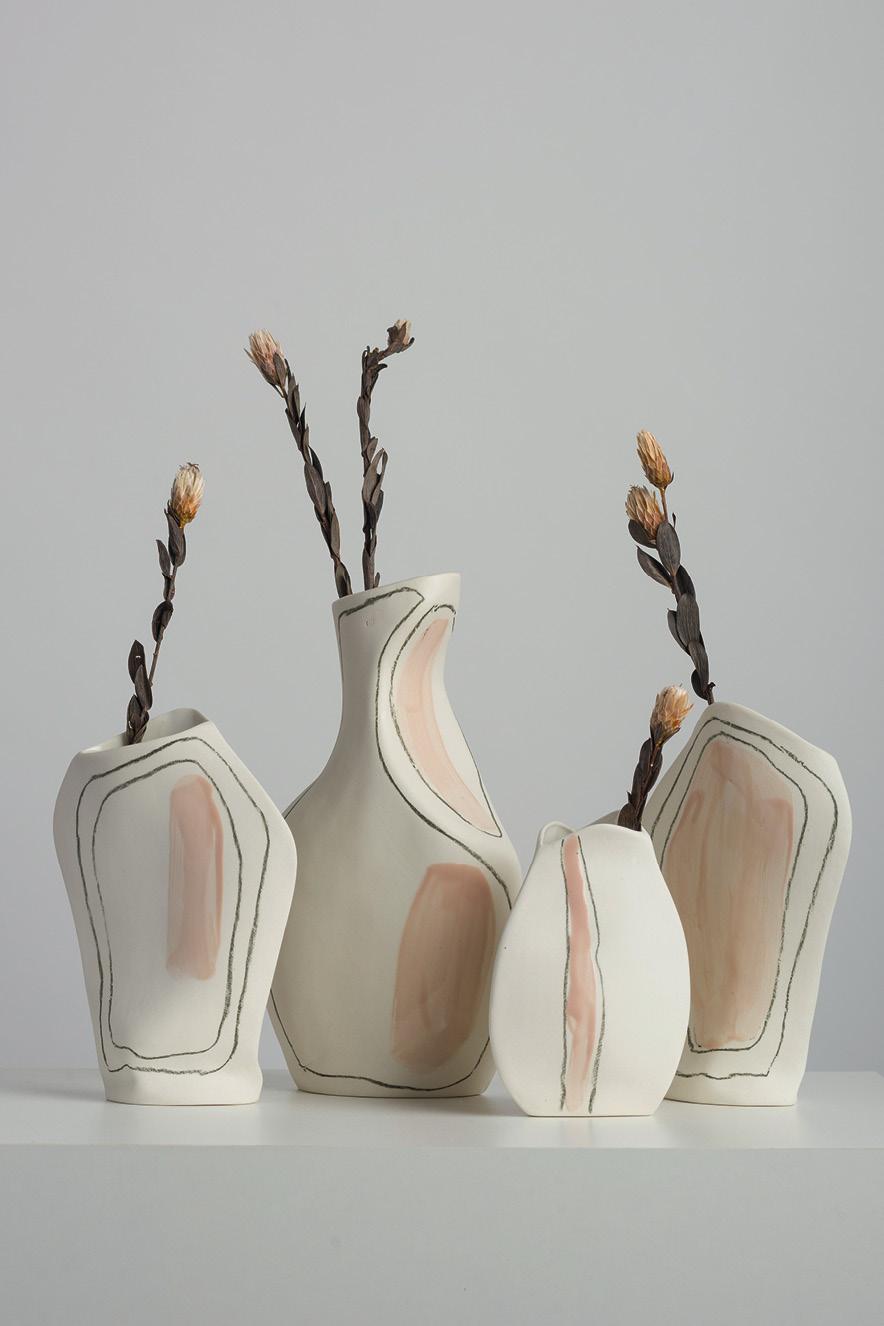 Os vasos da série Formas, do Atelier Le Motif (@a.lemotif)