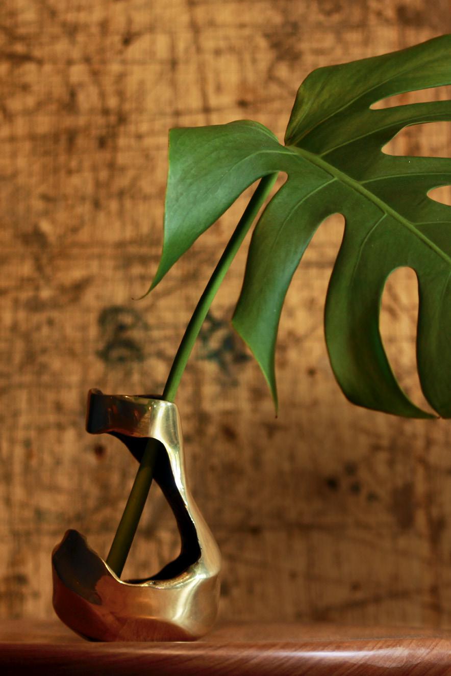 Vaso da linha Fluxus, da paulista 80e8 (@80e8_design)