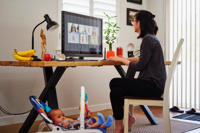 mulher-trabalho-maternidade
