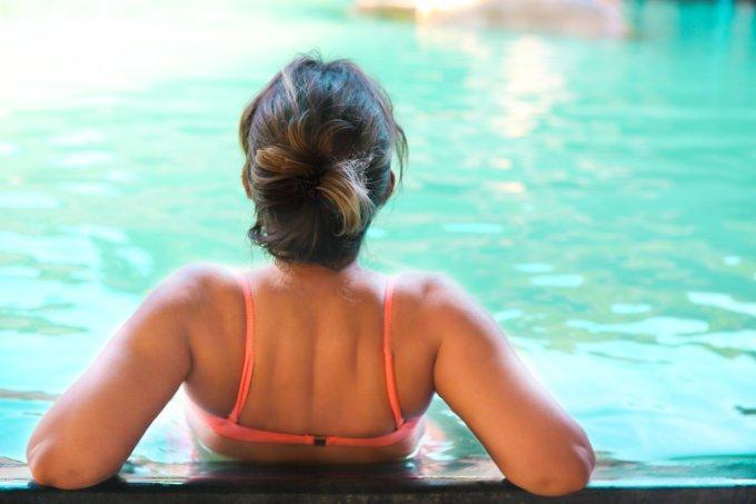 cabelos verão piscina