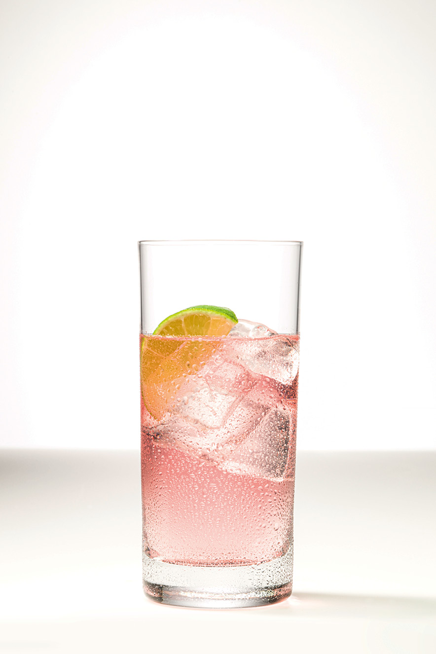 copo com suco e gelo