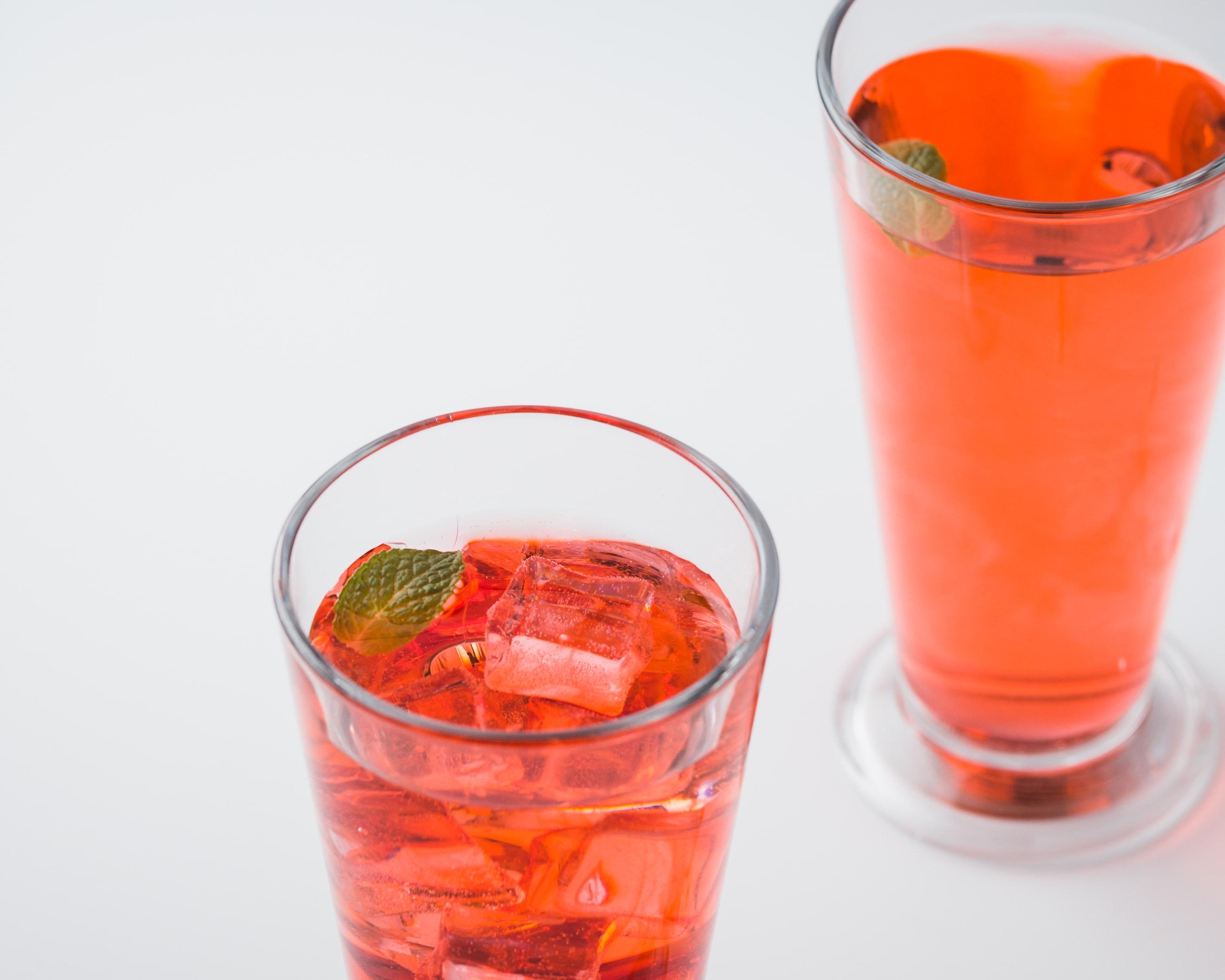 suco vermelho de melancia