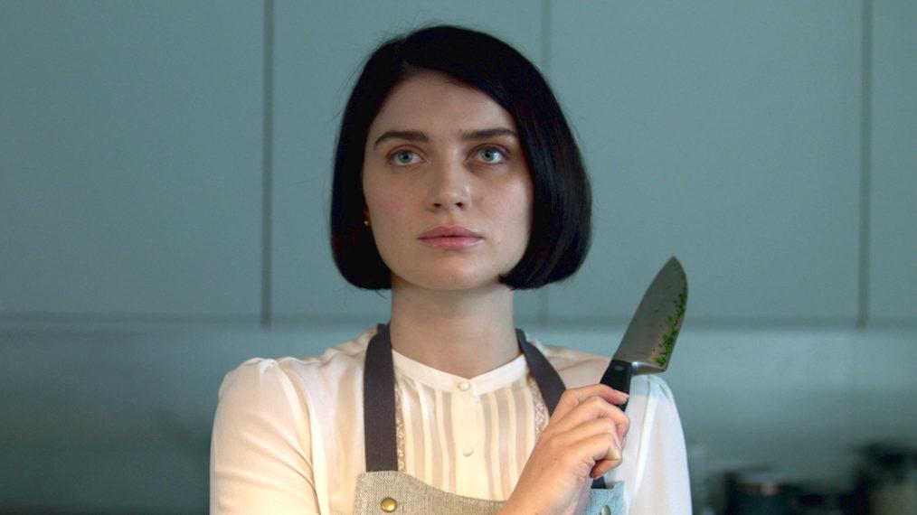 A atriz Eve Hewson, na série de suspense Por Trás de Seus Olhos, da Netflix