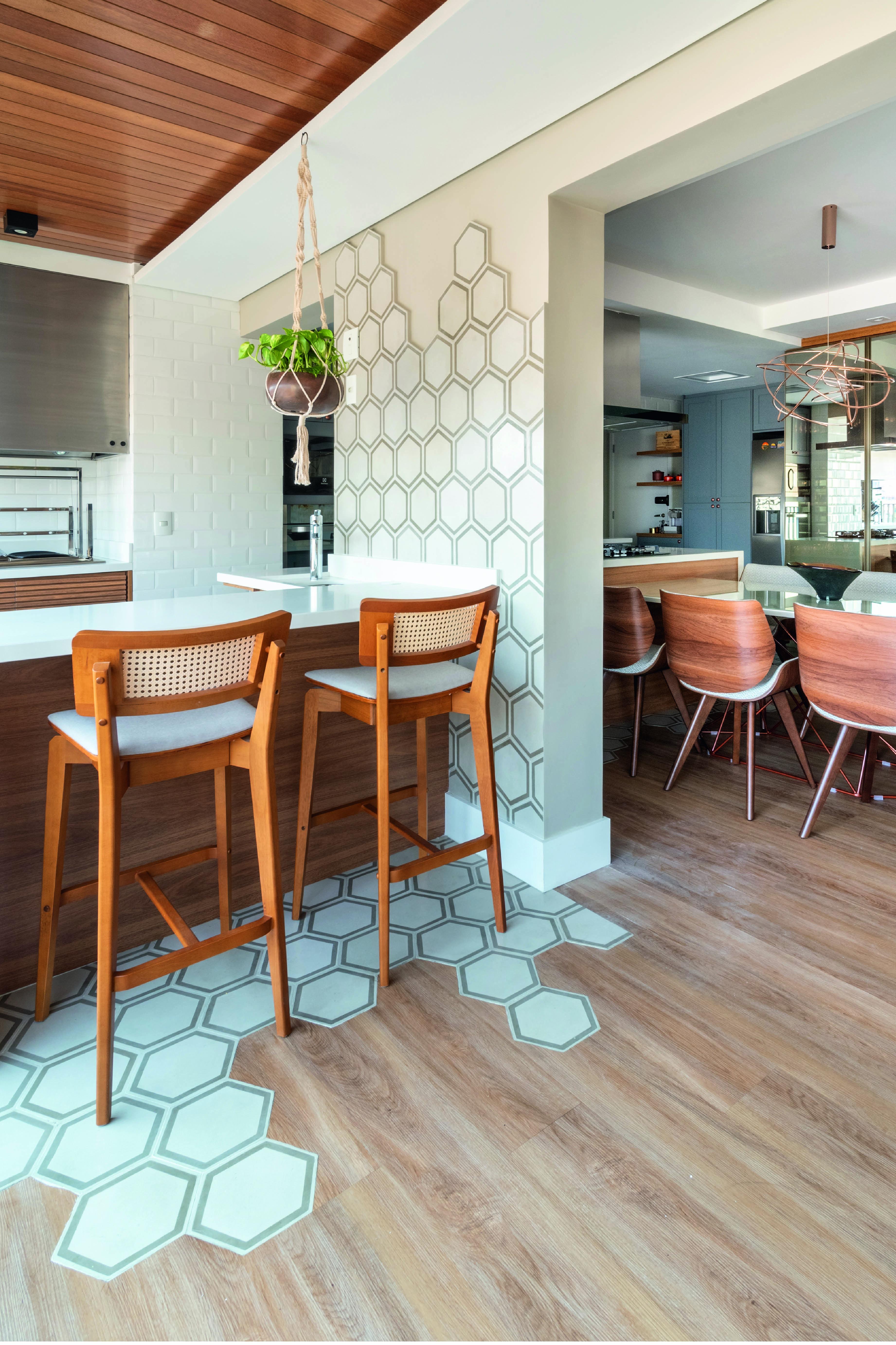 O moderno apartamento de 150m², em São Paulo, foi projetado pela designer de interiores Pricylla Souza