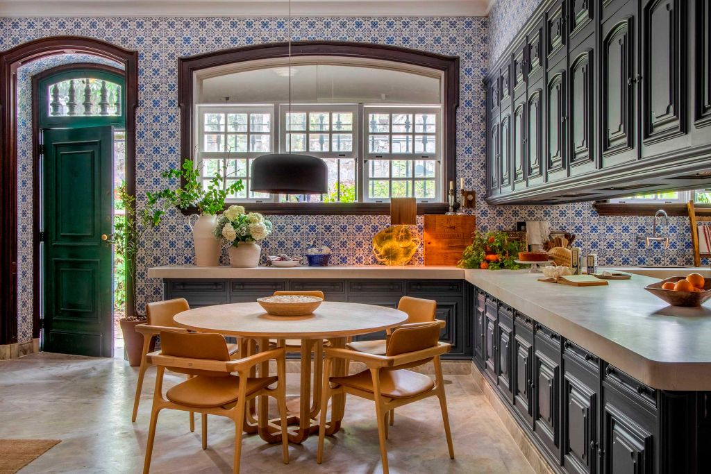 Cozinha dos amigos, por Anna Malta e Andrea Duarte - CASACOR Rio