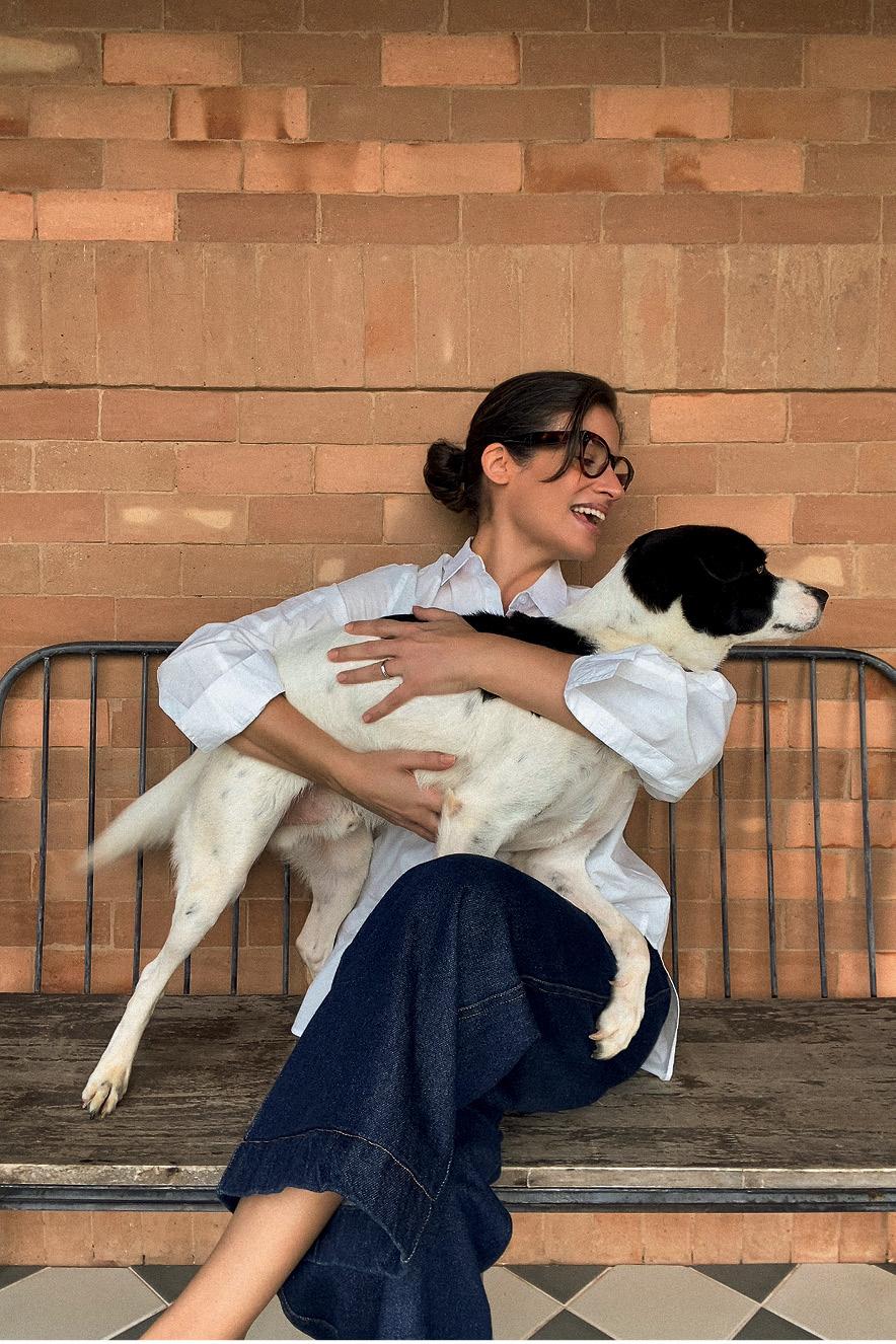 Renata Vasconcellos com cachorro