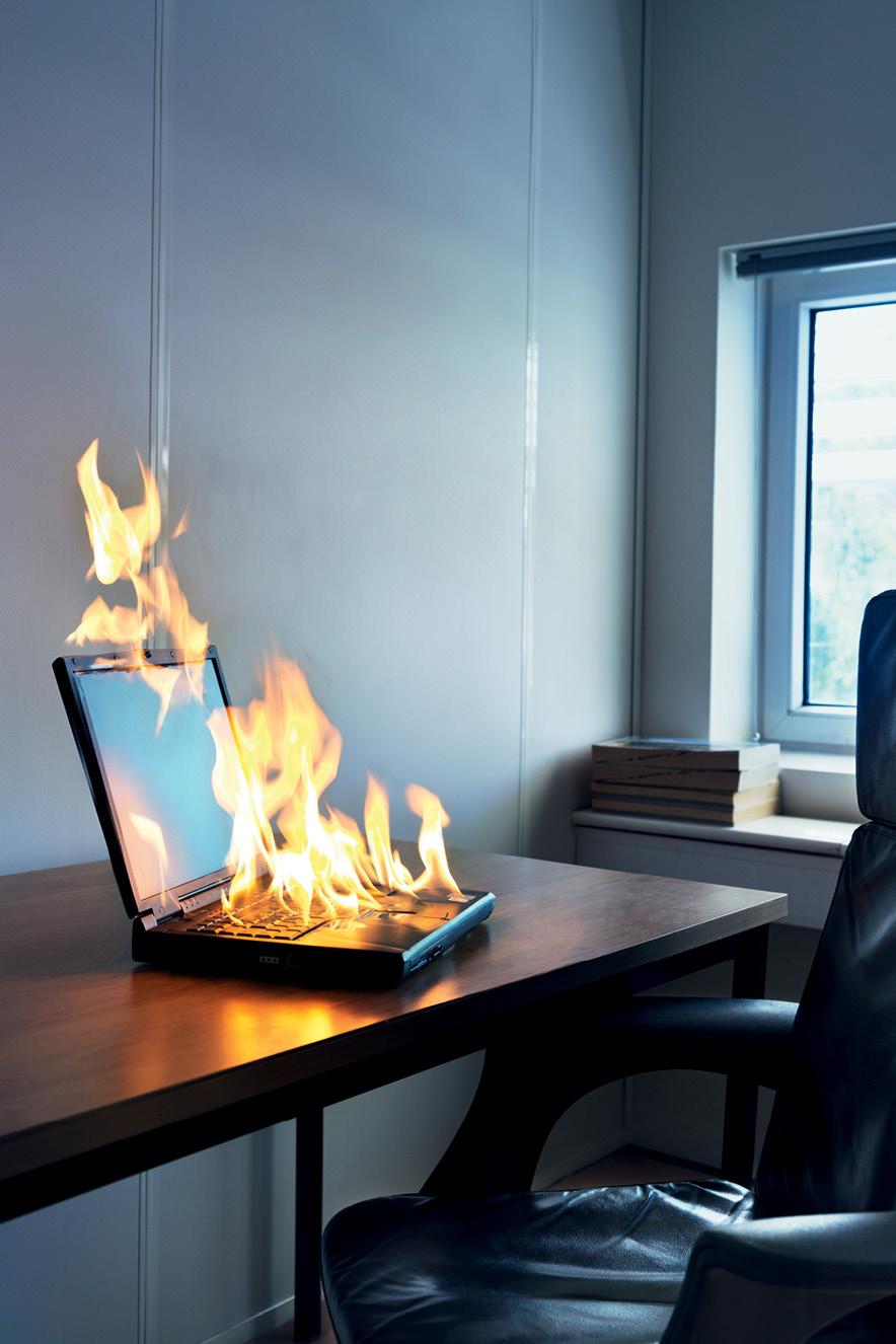 computador pegando fogo