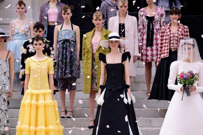 Chanel : Runway – Paris Fashion Week – Haute Couture Fall/Winter 2021/2022