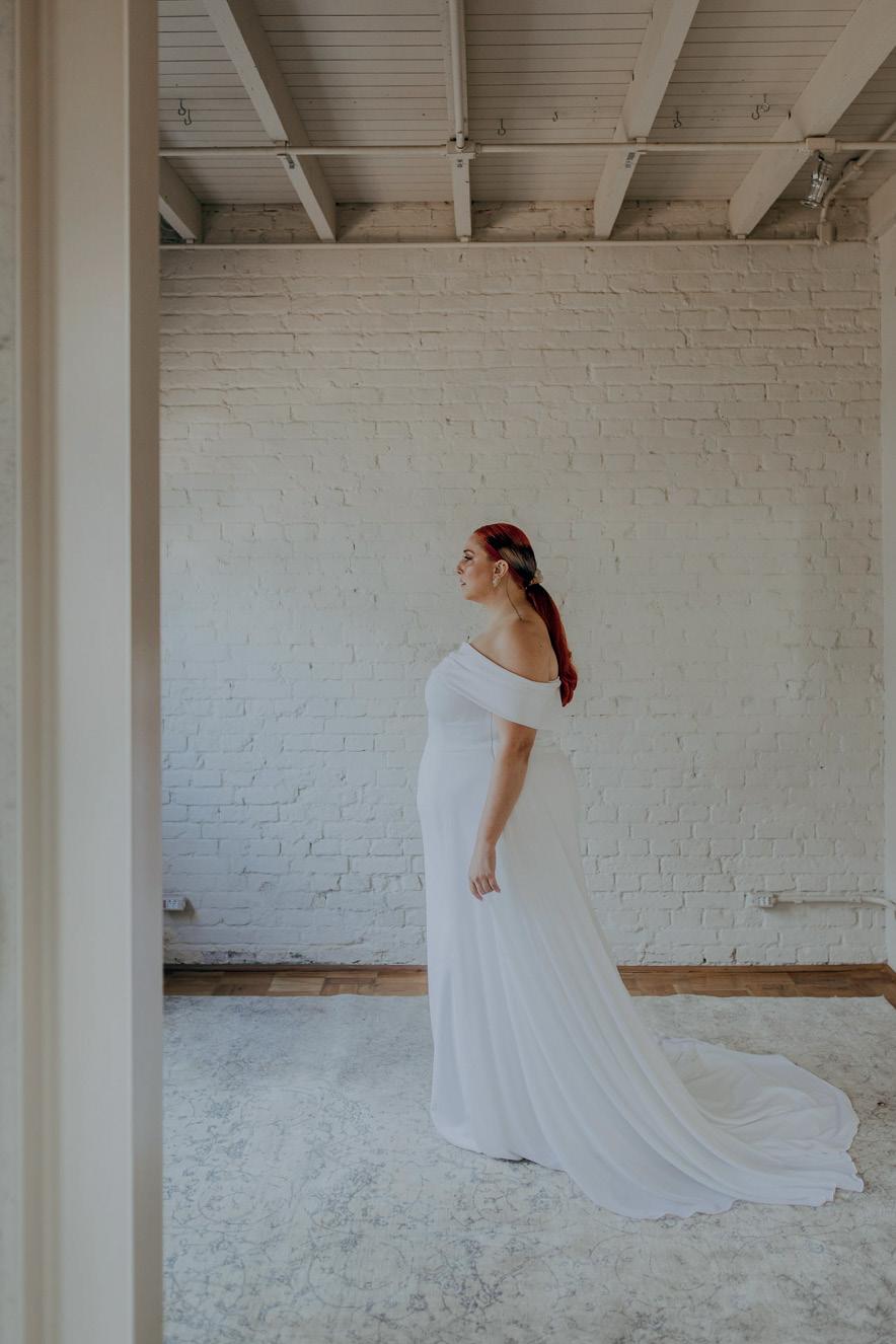 noiva em cenário branco