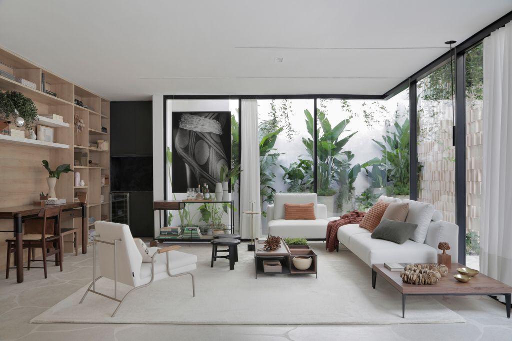 Sala com iluminação natural