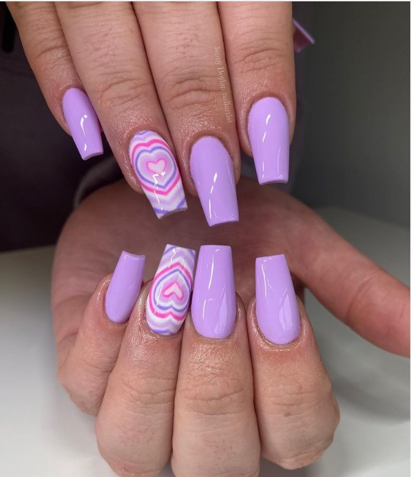 Y2K Bubble Heart Manicure