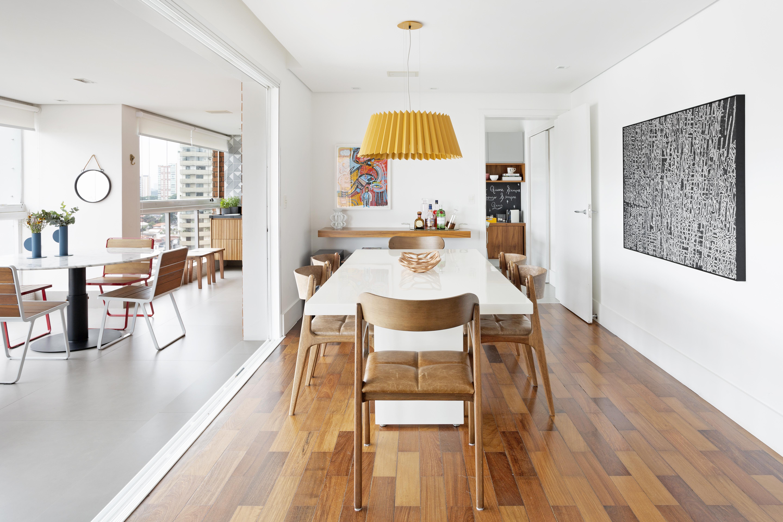 Apartamento com espaços integrados para a família conviver feliz